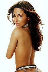 Vanessa Marcil as Ildika, Saba's Slave-Wife.
